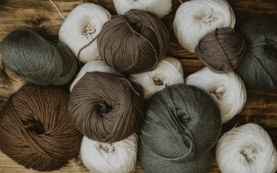 A Guide to Choosing the Right Yarn